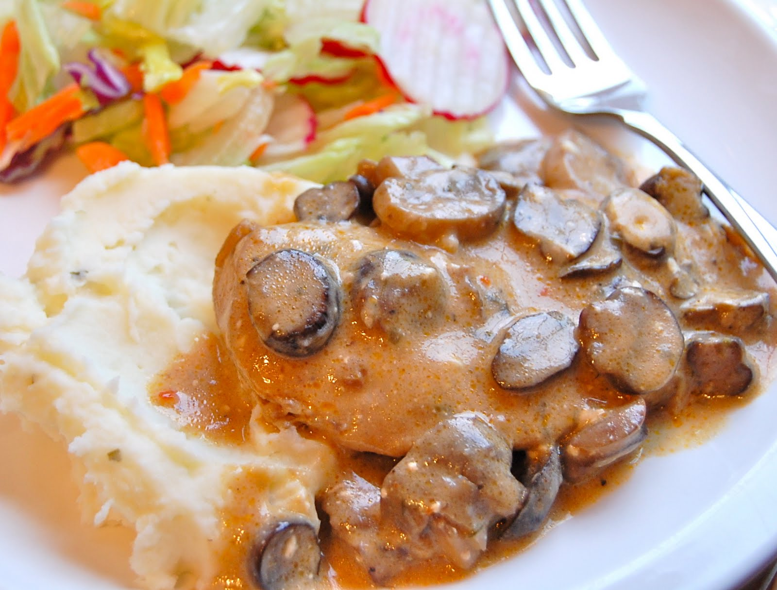 Chef Mommy: Slow Cooker: Mushroom Chicken (#1)