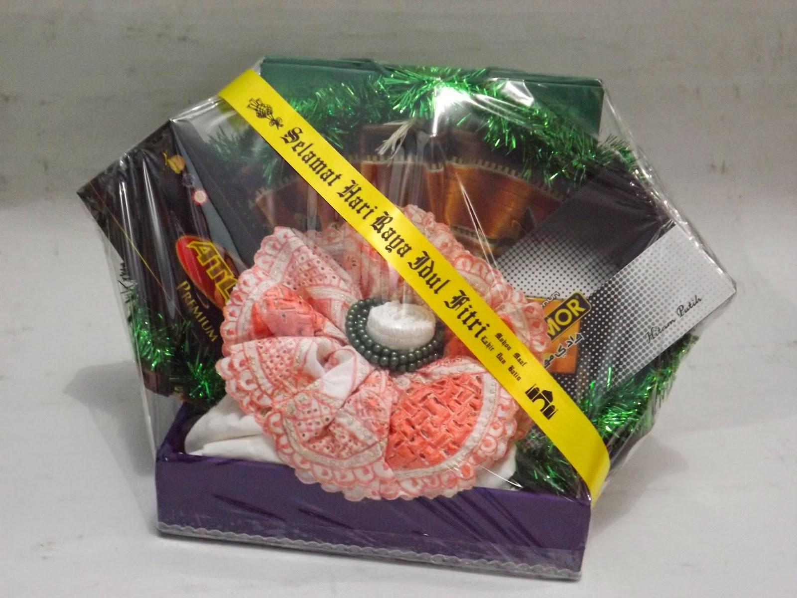 Image result for parcel baju dan sarung koko