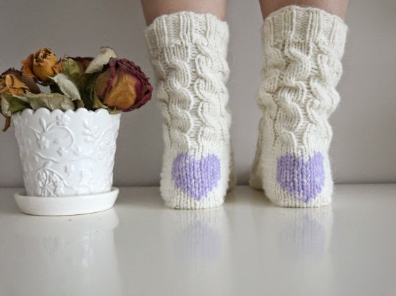 https://www.etsy.com/listing/190749913/womens-socks-slipper-socks-heart-socks?ref=favs_view_7
