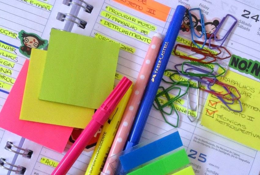 Agenda e itens de papelaria
