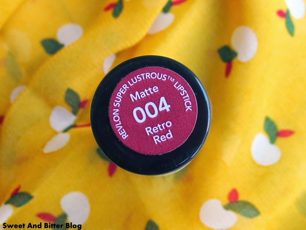 Revlon Retro Red 004