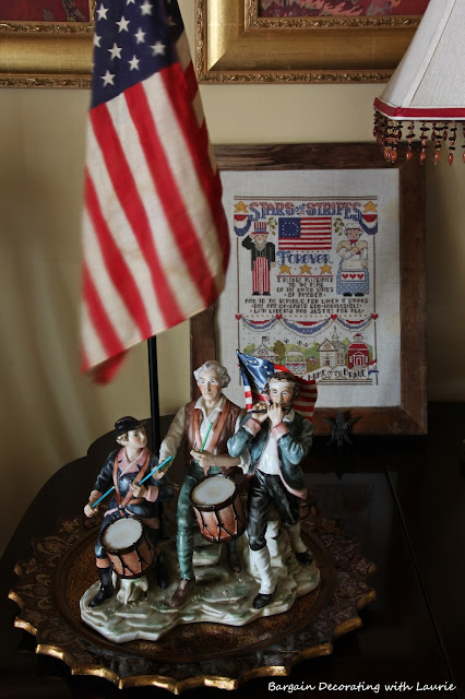 Red White & Blue Vignettes-Bargain Decorating with Laurie