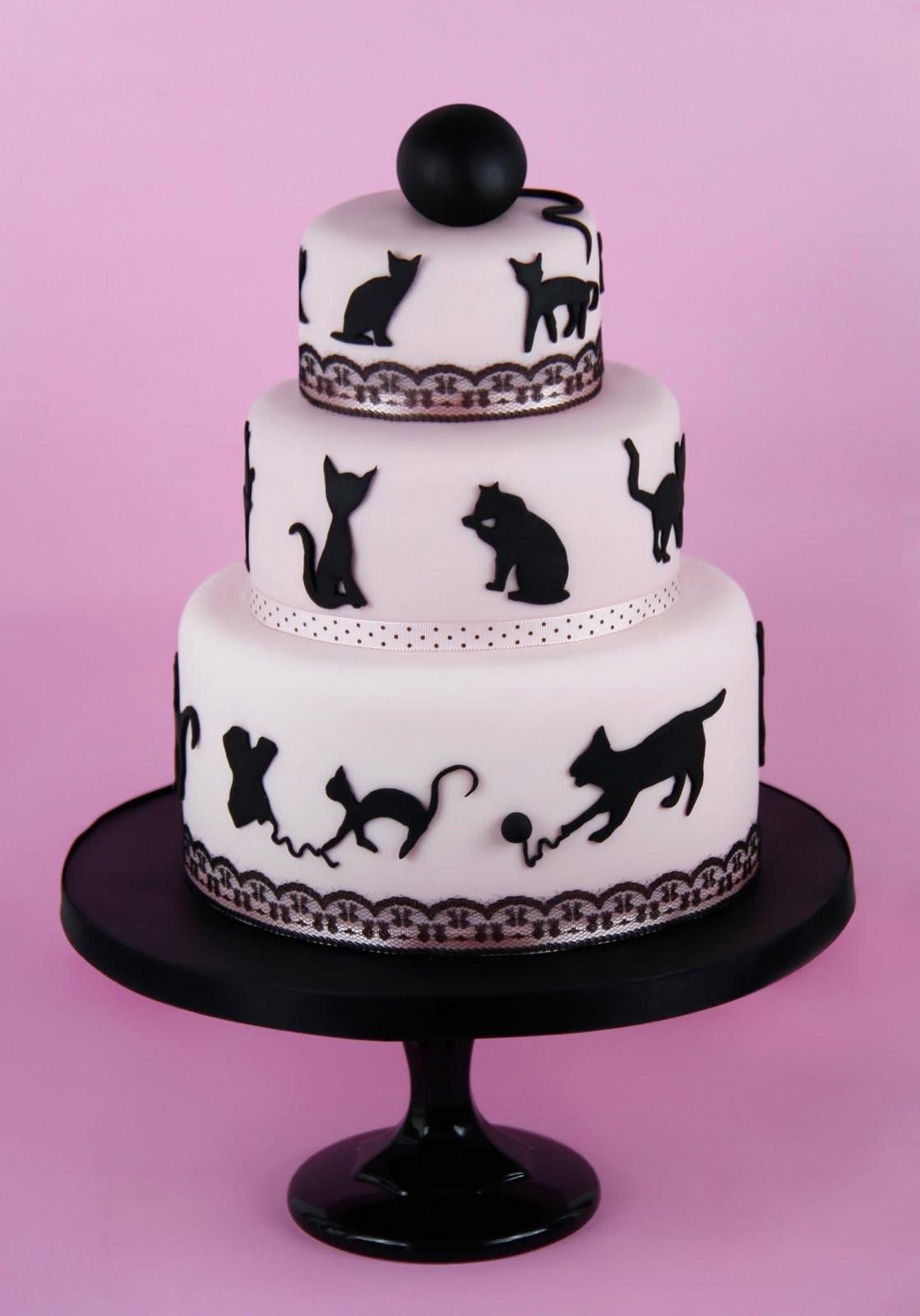 http://1.bp.blogspot.com/-QoWfc-_DZ14/UCbbCWX3OUI/AAAAAAAABA4/PiVxpnlaAzA/s1600/Tarta+fondant+gatos.jpg
