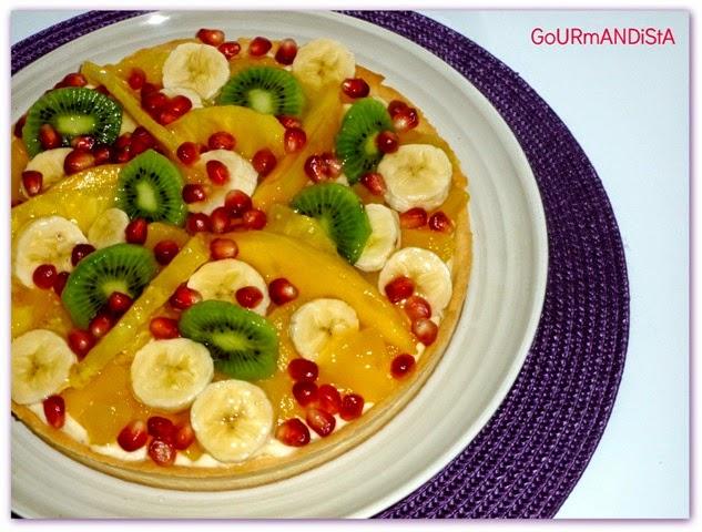 image tarte aux fruits exotiques et crème passion