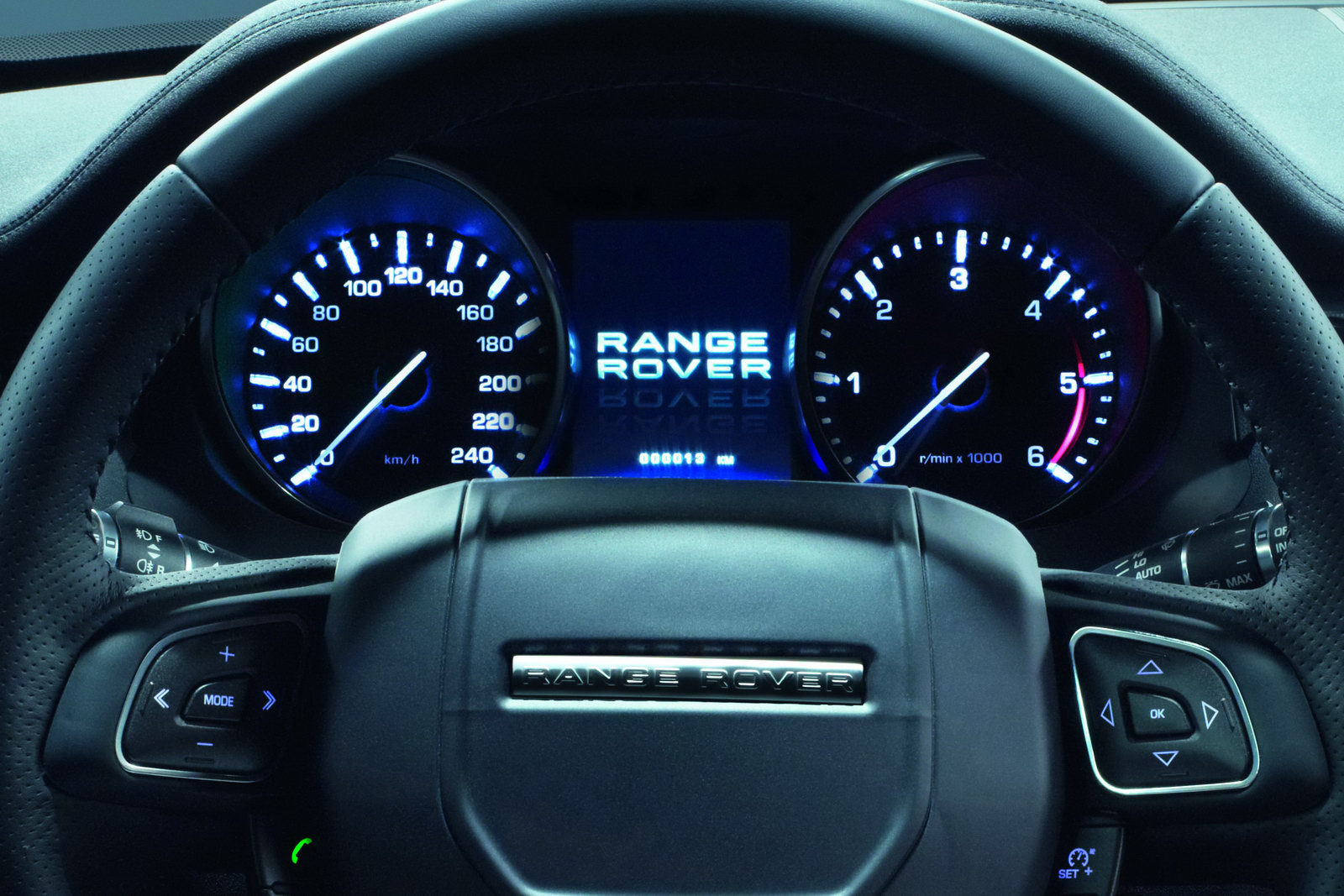 All 'bout Cars: Range Rover Evoque