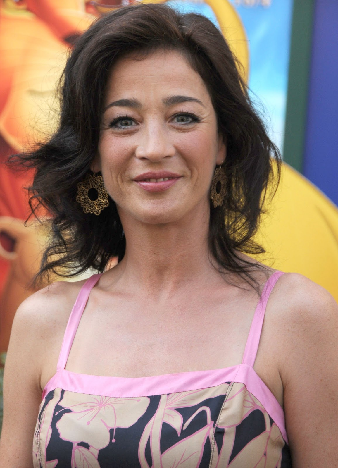 Joyce's Take: Happy Birthday Moira Kelly!