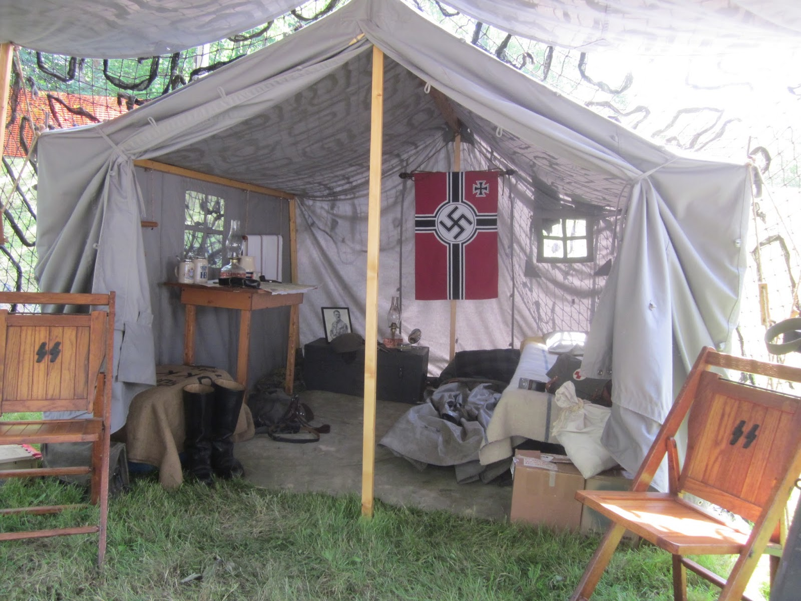 D-Day WWII Reenactment German Enc&ment & Battleground Hobbies: D-Day WWII Reenactment food for Bolt Action?