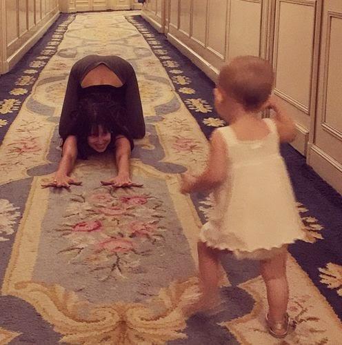 Hilaria Baldwin, celebrity pregnant, baby, photos, celebrity family,