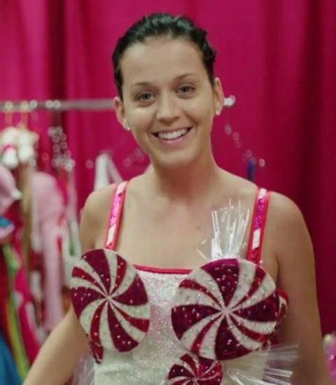 http://1.bp.blogspot.com/-Qp90NspIecg/T8V2fB4AfoI/AAAAAAAAMhU/thepkAT41ZY/s1600/Katy+sin+maquillaje.jpg