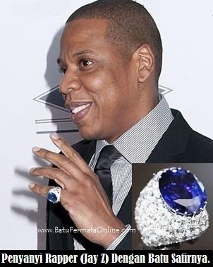 Jay Z dengan cincin Batu Safir