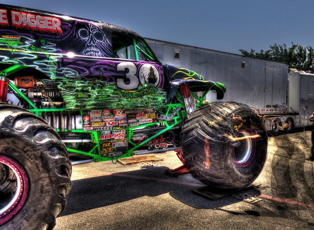 Grave Digger - Wheel Installation - Cedar Park, Texas