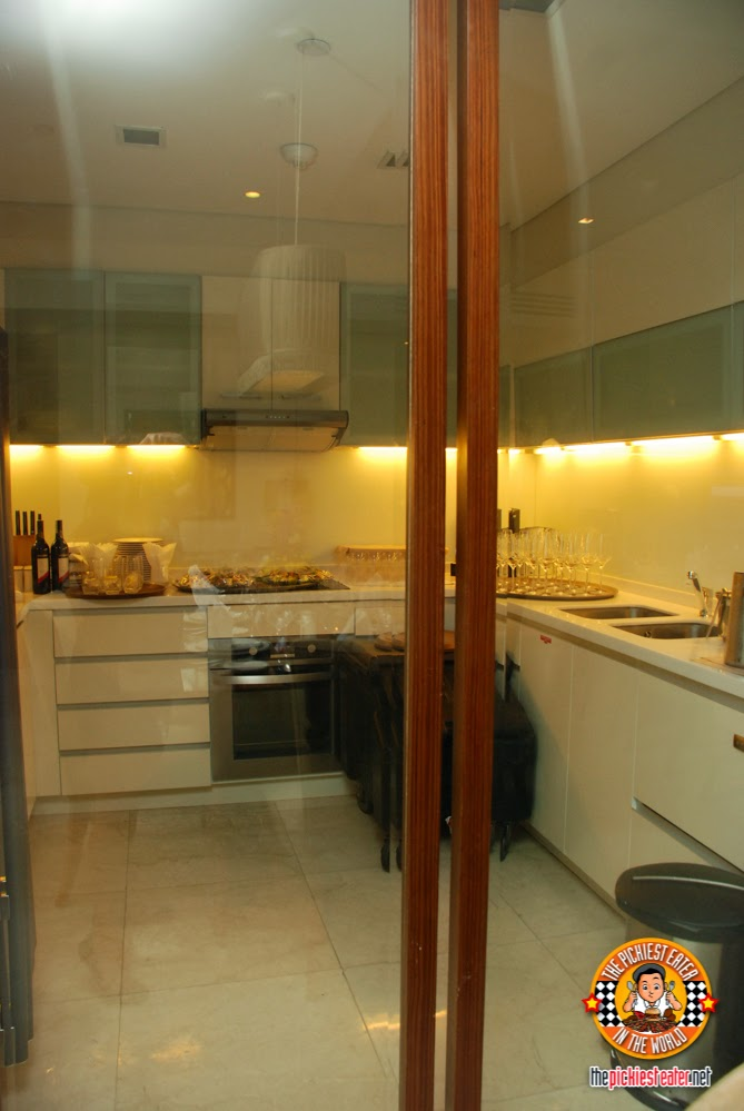 executive suite kitchen