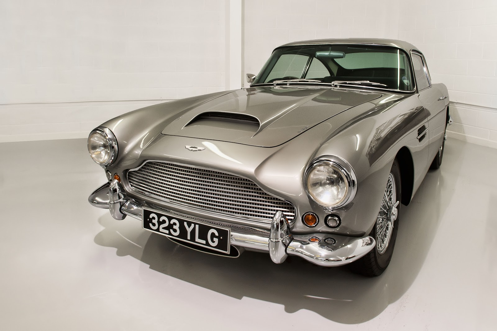 Classic Car Photography: Aston Martin