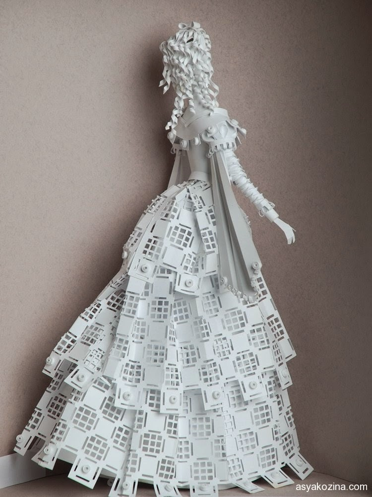 11-Paper-Historical-Dolls-Asya-Kozina-Paper-Clothing-and-Dolls-www-designstack-co