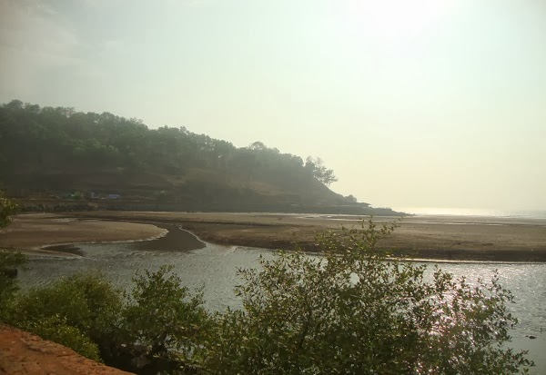beach near pune, mumbai