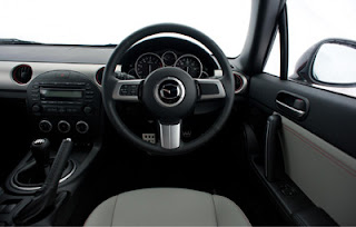 Mazda MX-5 Kuro (2012) Interior