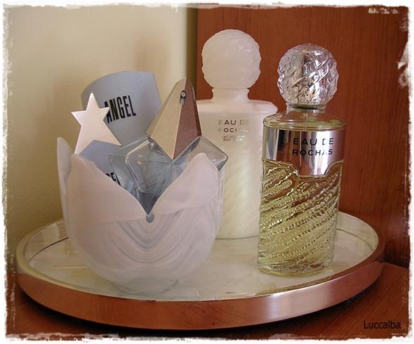 bandeja perfumes