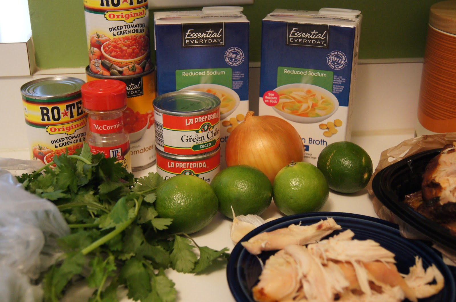 Elizabeth's Dutch Oven: Green Chile Chicken and Lime Soup