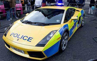 Lamborghini-Murcielago-Police-Car-Yellow