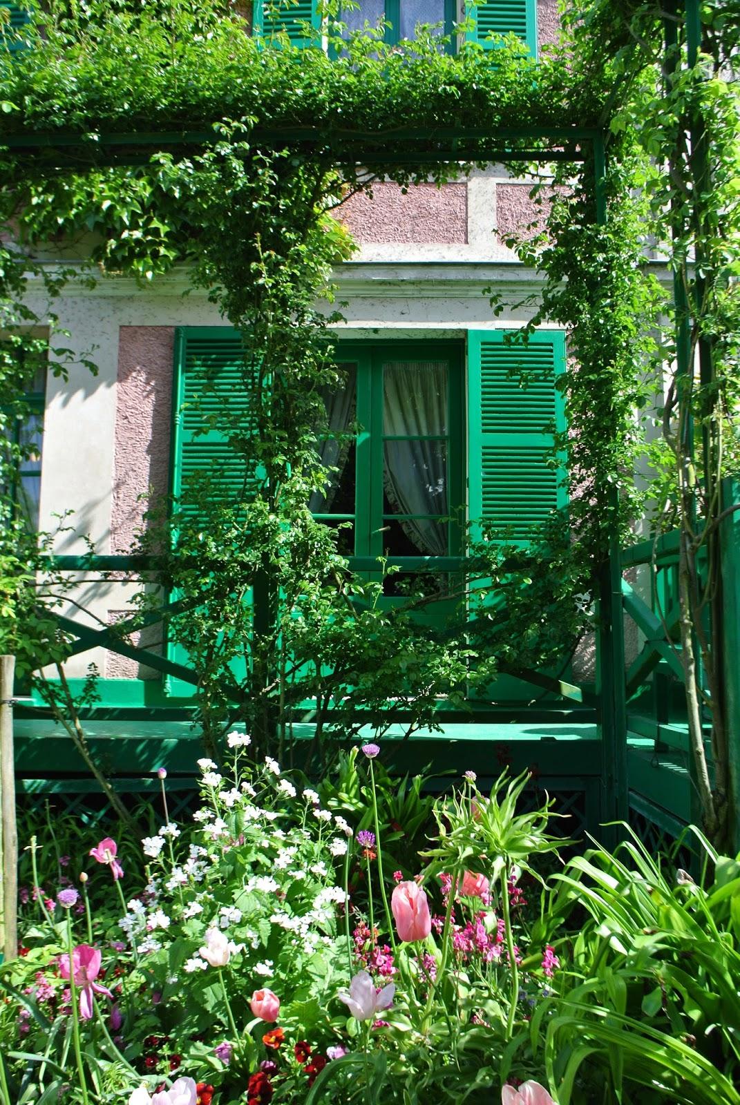 Le blog de gabrielle aznar la maison et les jardins de for Les jardins de lea