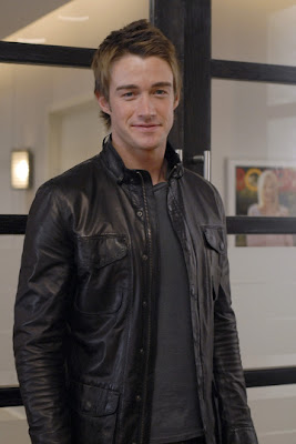 Robert Buckley famosos del cine