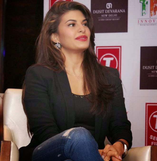 Jacqueline Fernandez Black Jeans Outfits Wallpapers