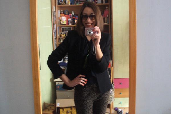 modemoiselle, fashion blogger, napoli, leopard print, nero, beige, boots, come abbinare, borsa bicolore, pantaloni leopardati, blazer nero