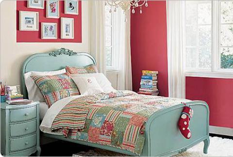quarto decorado em rosa e verde menta