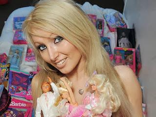 18 wanita cantik dan seksi mirip boneka barbie terbaru 2013