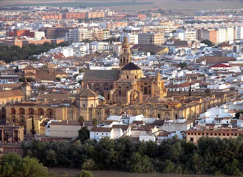 Cordoba Spain  City pictures : Nueve siglos de construcción dieron lugar a una amalgama de estilos ...