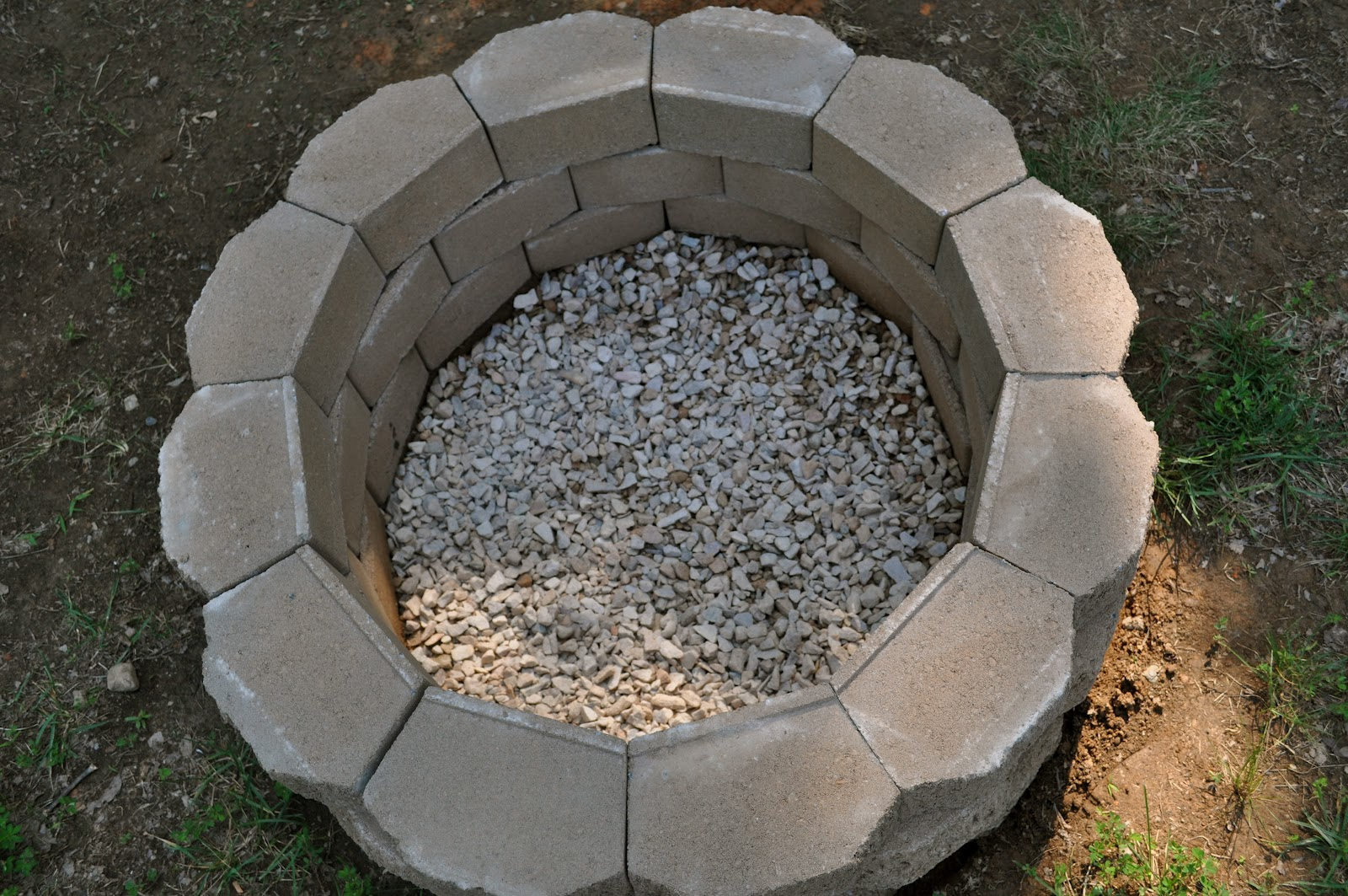 Salty tales diy fire pit for Cheap easy fire pit ideas