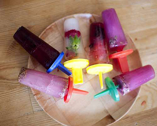 Summer fun with edible flowers - flower popsicles