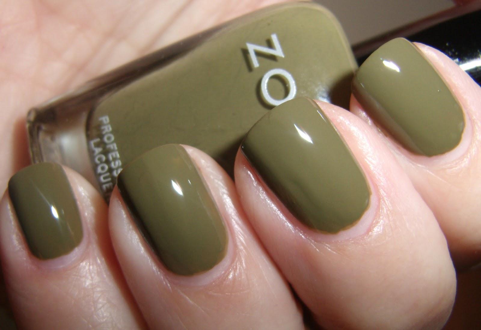 Obsessive Cosmetic Hoarders Unite!: Zoya Dree and Zoya Rina Nail ...