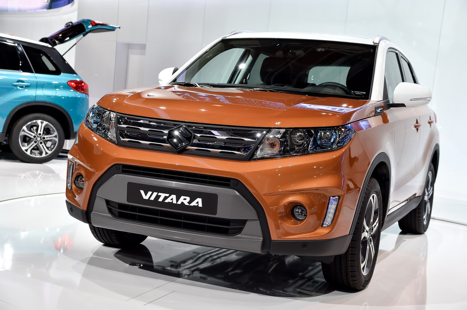 new suzuki vitara compact suv could be mistaken for a ssangyong carscoops. Black Bedroom Furniture Sets. Home Design Ideas