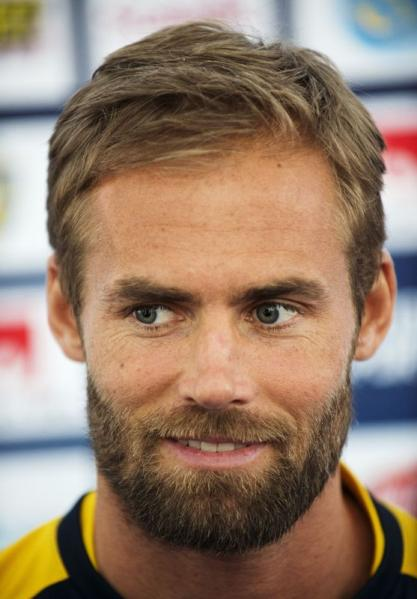 Olof Mellberg looks a lot like Torvald lol. (and if Sunny