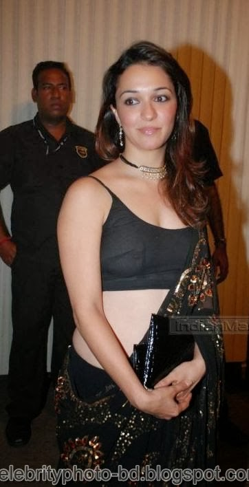 Bollywood+Actresses+Wardrobe+Malfunction+Pics004
