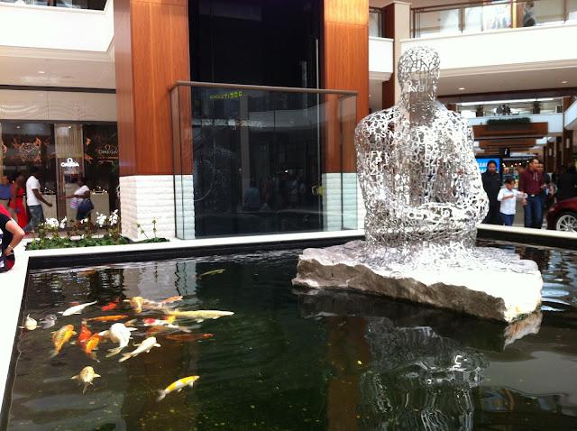 Escultura no Aventura Mall