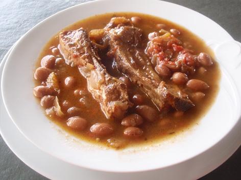 Recetas con legumbres - Alubias rojas con costilla ...