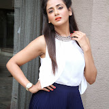 Parul Yadav Photos at South Scope Calendar 2014 Launch Photos 252897%2529
