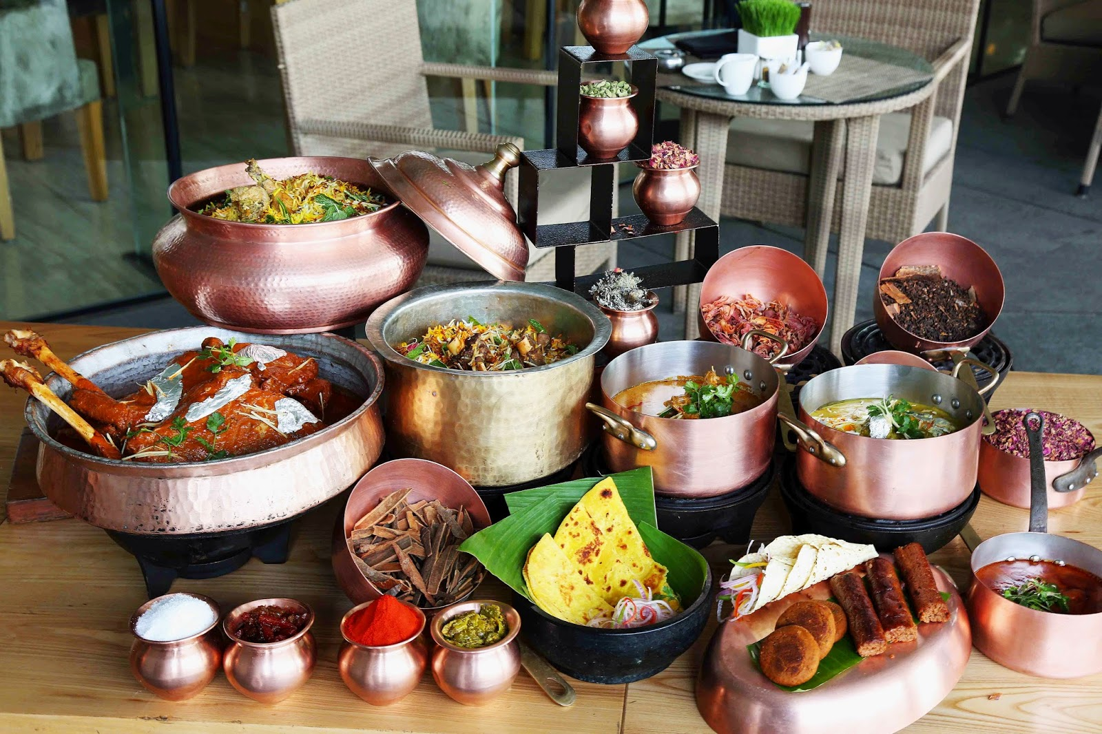 Foodmaniacs daawat e lazeez awadhi food festival the for Awadhi cuisine vegetarian