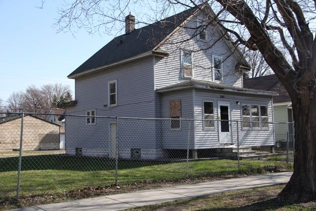 795 Edmund Avenue (before)