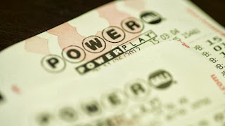 Powerball winner claims $400M, chooses to remain anonymous