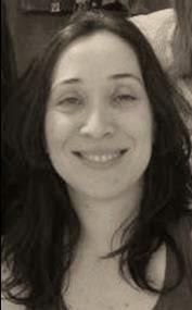 Josefina López Galdeano, Experto en Administración de la Unión Europea por la Universidad de Granada e IAAP