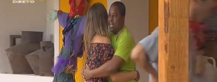 Kelly Medeiros e Romana aprendem a dançar Kizomba e Tarraxinha na Quinta