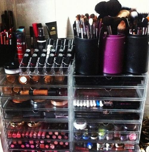 laure a un blog inspiration make up storage. Black Bedroom Furniture Sets. Home Design Ideas