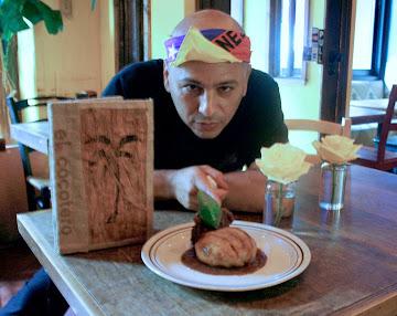 Chef Venezolano Carlos La Cruz en el Cocotero Restaurant