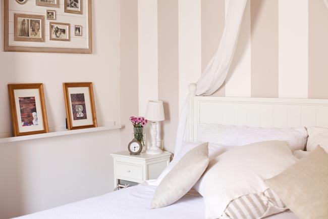 Pareti A Strisce Lilla : Dipingere pareti strisce verticali parete righe camera da letto