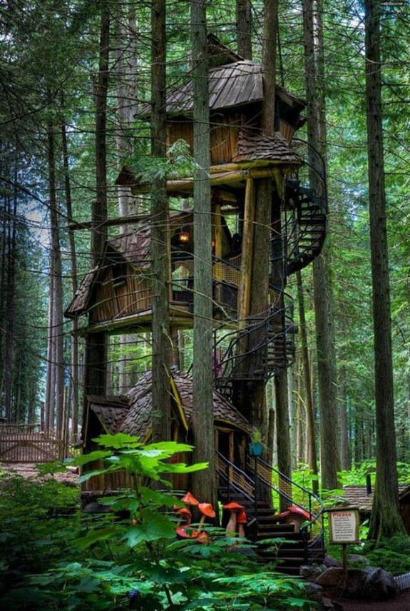 Three Story Treehouse — British Columbia, Canada