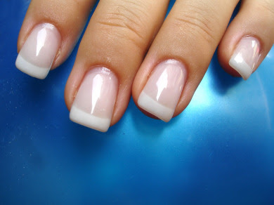 ACRYLIC NAILS: False Nails - Be in Style in an Instant - ACRYLIC NAILS