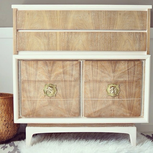 #thriftscorethursday Week 36 | Instagram user: lightglassandtrend shows off this Mid-Century Modern Dresser